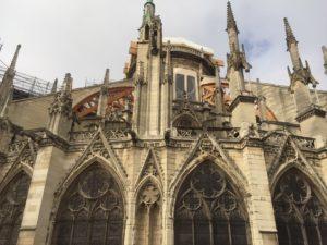 Installation échafaudage façade Notre Dame
