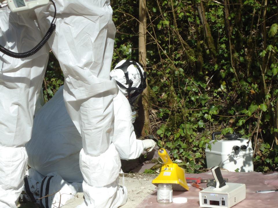 Mesure et contrôle radiologique de terrain